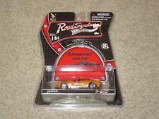 Road Signature Collection Chevrolet 2007 Z06 Corvette Orange 1:64 MOC 2006