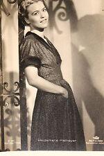 21590 Ross film Foto AK G 101 Heidemarie Hatheyer in piedi per 1940 PC Photo