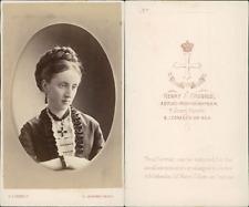Godbold, San Leonards, portrait de femme  Vintage CDV albumen carte de visite
