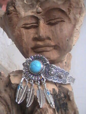 NATIVE AMERICAN BLESSED BRACELET ENGRAVED TURQUOISE SILVER FEATHERS