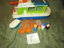 VTG Fisher Price Little People play family House Boat 985 grill boat dog mom F