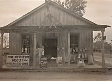 1933 Photo, Old Country Grocery Store, 16