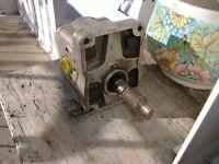 Pompa idroguida MFG Borg Warner Type nr. A25X 01868