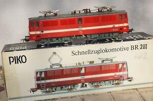 RF23] PIKO - Ho - Express Train Locomotive Br 211 - E 11 - Dr Boxed Top
