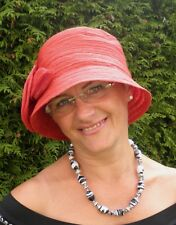 Women's hat in style of the 30ziger Years in red Cloche hat