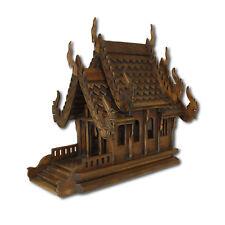 Geisterhaus Thailand Schrein Altar Buddha Tempel Feng Shui Nakhon Sawan