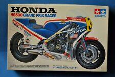 TAMIYA 1/12  MOTO GP HONDA NS500cc.GRAND PRIX RACER. No.32.
