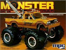 MPC 1:25 1975 Datsun Scavenger Monster Truck Plastic Model Kit MPC852