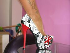BUMPER HIGH HEELS PUMPS PLATEAU in GR. 40 NEWSPAPER STILETTO 14 cm NEU