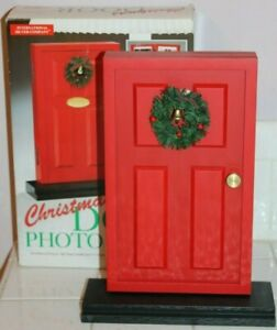 RED CHRISTMAS DOOR PICTURE PHOTO ALBUM INTERNATIONAL SILVER COMPANY NEW w BOX