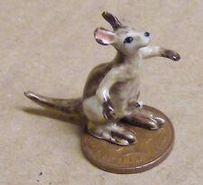 1:12 Scale Small Dolls House Ceramic Kangaroo Animal Ornament Garden Accessory