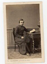 Photo CDV c. 1860  Un religieux pose pour Mulnier Paris