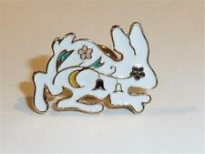 CG2693...WHITE RABBIT BROOCH or TIE TACK - FREE UK P&P