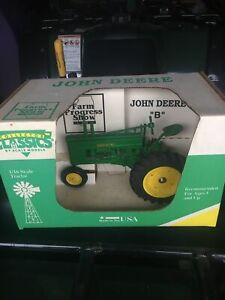 Scale Models John Deere Model B Tractor 1994 Farm Progress Show 1/16 #FB-2352