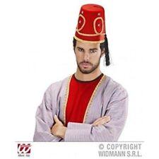 Cappelli e copricapi rossi in feltro per carnevale e teatro, in italia