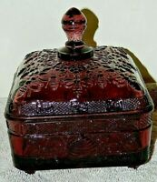 VINTAGE TIARA AMETHYST PURPLE GLASS HONEY BEE HIVE BOX DRESSER / CANDY EXCELENT