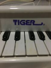 Tiger Electronics Vintage Touch 'N Play Grand Piano Recording System Tested