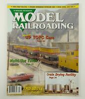 Model Railroading Magazine April 2005 Highlands Station Publisher Model Trains