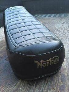 1973 NORTON COMMANDO 850 SEAT