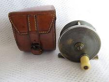 """C Farlow & Co Ltd 1907/1915 REEL 2 1/4"""" con la sua custodia in pelle Blocco Farlow"""