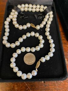 Ladies 14k Gold 7.5-7.8mm  Akoya Pearl Necklace Strand and bracelet