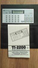TEXAS INSTRUMENTS TI-2200. VINTAGE ELECTRONIC CALCULATOR.