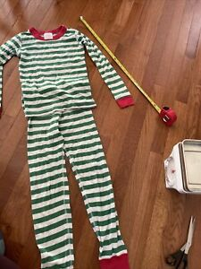 HANNA ANDERSSON 130  8 UNISEX HOLIDAY GREEN WHITE STRIPED PAJAMA SET
