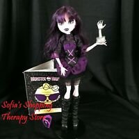 Monster High Frights Camera Action Elissabat Doll Outfit Trophy CD Diary Lot