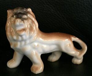 VINTAGE CERAMIC LION TIGER STATUE in EXC