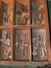 Konvolut antike Schlüssel ca 70Stück z.T. Rohlinge antik