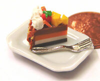 1:12 Scale Slice Of Cake On A Plate Dolls House Miniature Food Accessory SC3