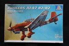 XY091 ITALERI 1/72 maquette avion 079 Junkers JU-87 B2/R2 Dive Bomber JU87 1997