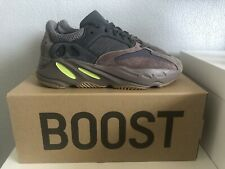 Adidas YEEZY Boost 700 Mens Trainers Sneakers Shoes - Mauve EE9614 - UK 8