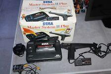 Master System II Plus con Caja Light Phaser Mando e Instrucciones Funciona Sega