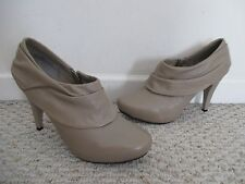 Me Too Laso Taupe Shooties Heels Shoes Size 9 M