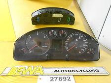 Tachometer      Audi A6 4B TDI Kombi     G750669H        Nr.27892