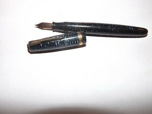 1945 Parker Pen Blue Diamond Golden Pearl Vacumatic Major Fountain Pen