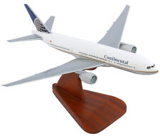 Executive Series Continental Airlines Boeing 777-200 1:200 Scale With Stand