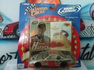 1:43 NASCAR Winner's Circle Double  Platinum Kevin Harvick & Taz