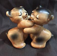 VanTellingen Bear Hug Pat Pend Shakers