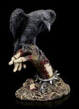 Rabe auf verwester Skeletthand - Gothic Fantasy Figur Skelett Krähe Horror