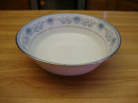 NORITAKE BLUE HILL 2482 ROUND VEGETABLE BOWL OR CASSEROLE DISH