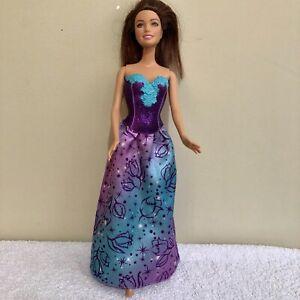 Barbie Fairytale Princess Teresa Deluxe in Evening Gown Mattel 1999 Doll Figure