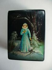RUSSIAN LACQUERED PAPER MACHE TRINKET BOX: SNOW MAIDEN H/P ARTIST SIGNED