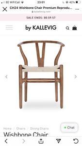 2 Wishbone Chairs Walnut
