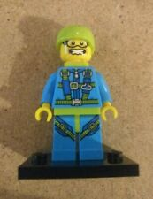 Genuine Lego Skydiver Minifigure (Used - Series 10 - COL150)