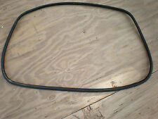 BMW E46 3-Series trunk lid gasket weather seal 4/97-5/05