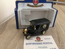 Oxford Diecast Bedfordshire Festival Bullnose Morris Van 010G Limited