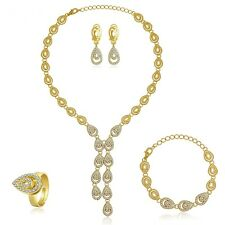 4Tlg.Schmuck-Set Halskette-Ohrringe-Armband-Ring vergoldet NEU