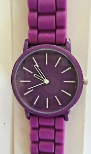 Watch Montre Reloj Womens Purple Stylish Silicone Jelly New with tags